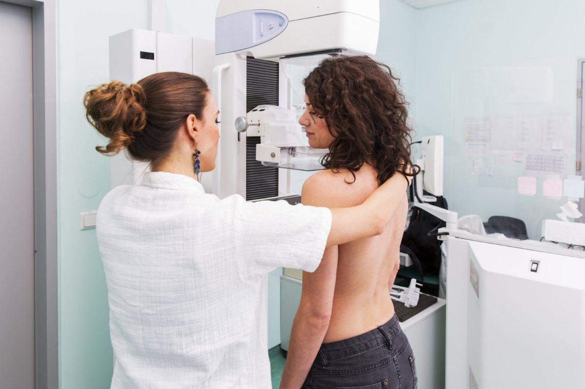 Как проходит прием маммолога?